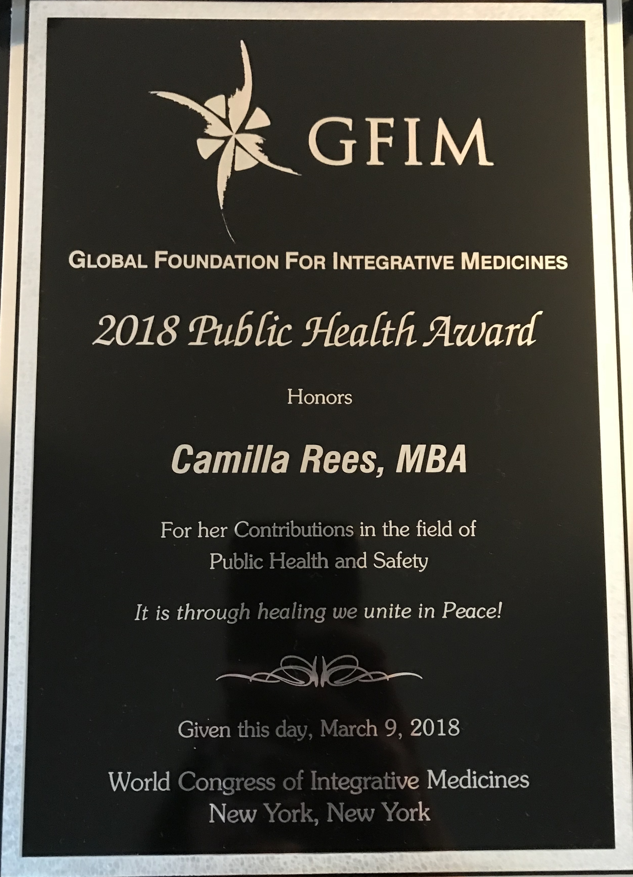 ElectromagneticHealth.org Founder Camilla Rees Receives Public Health Award, Smombie Gate | 5G | EMF